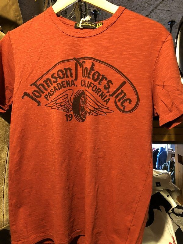 画像1: Johnson Motors'Inc S/S tee ジョンソンモータース半袖Tシャツ WINGED WHEEL PRIMER RED