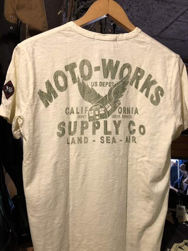 画像2: Johnson Motors'Inc MOTO-SUPPLY S/S tee ジョンソンモータース半袖Tシャツ DIRTY WHITE