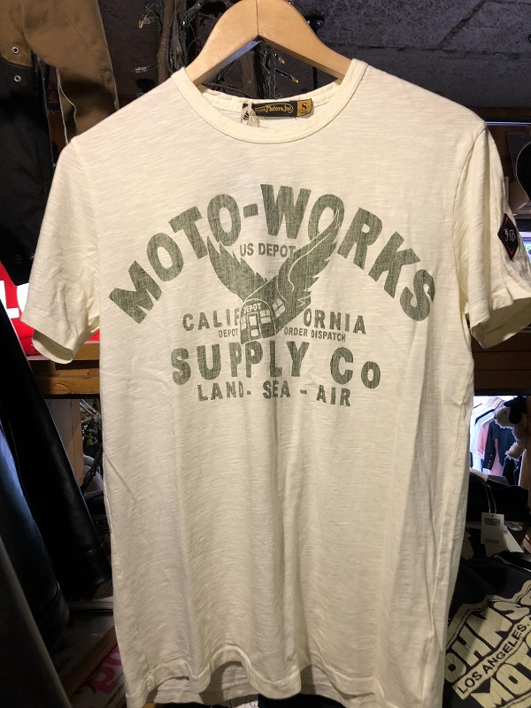 画像1: Johnson Motors'Inc MOTO-SUPPLY S/S tee ジョンソンモータース半袖Tシャツ DIRTY WHITE